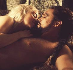 Khal Drogo and Khalessi - Game of Thrones