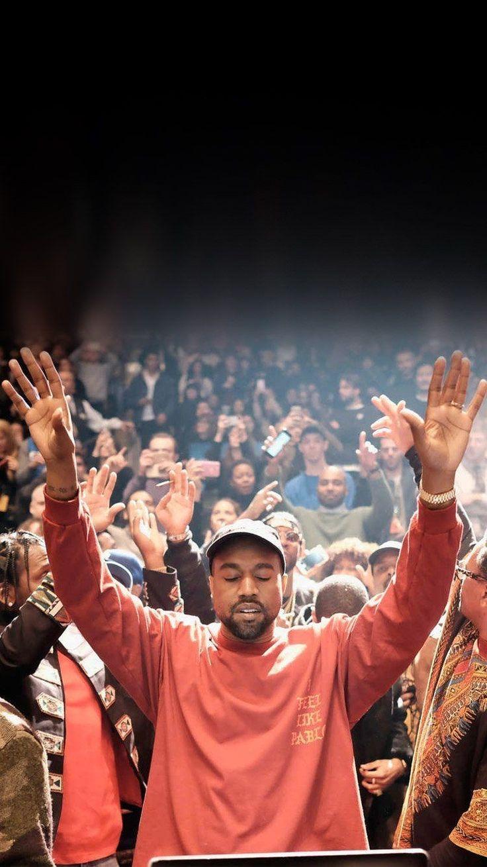 канье с поднятыми руками фото что