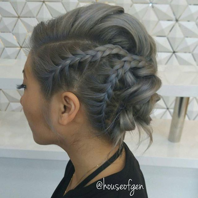 This one is rather unique… :) By @houseofgen #behindthechair #upstyle #braids …