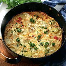 Ugnspannkaka med grönsaker och skinka - Oftast har man råvaror hemma som lätt kan bli till en ugnpannkaka. Prova denna goda variant!
