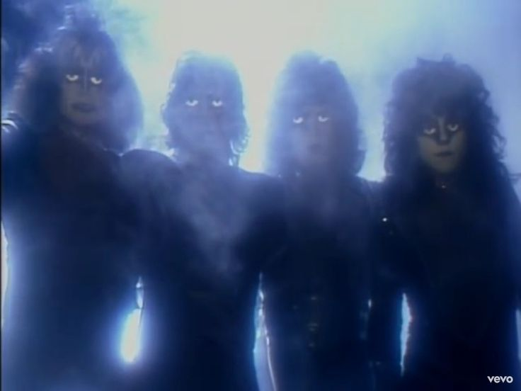 Kiss - Creatures Of The Night.............