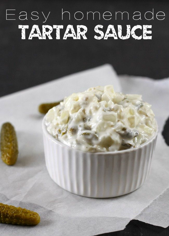 Easy homemade tartar sauce - takes just 5 minutes, and 4 ingredients! / amuse-your-bouche.com