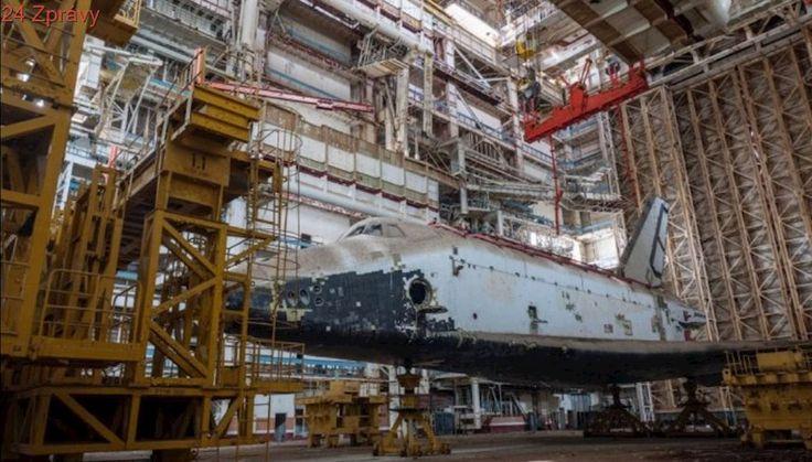 Buran: Sovětský raketoplán měl přinést revoluci, skončil zapomenutý v poušti
