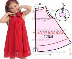 A publicação de hoje contempla o molde de vestido infantil simples vermelho para meninas com idade de 7 anos. A ilustração do molde não tem valor de costura tem que ser acrescentado. Vestido infantil