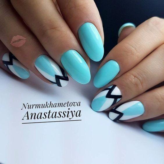 Blue+nail+art,+Celestial+blue+nails,+Exquisite+nails,+Geometric+nails,+Heavenly+nails,+Original+nails,+Oval+nails,+Summer+nails+2017