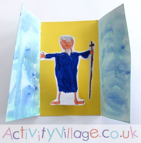 Moses Parting the Red Sea Card - a fun kids craft for Passover, Bible studies or Sunday School!