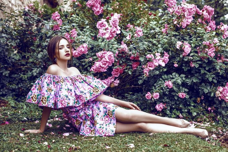 Style: @atelier_flannel Photo: @olgatsirekidze Model: @annapopkova https://instagram.com/atelier_flannel/ #atelier_flannel #atelierflannel #ательефланель #фланель #fashion #fashionstyle #streetstyle #style #moda #dress #look #lookbook #stylish #musthave #wantit #model #blouse
