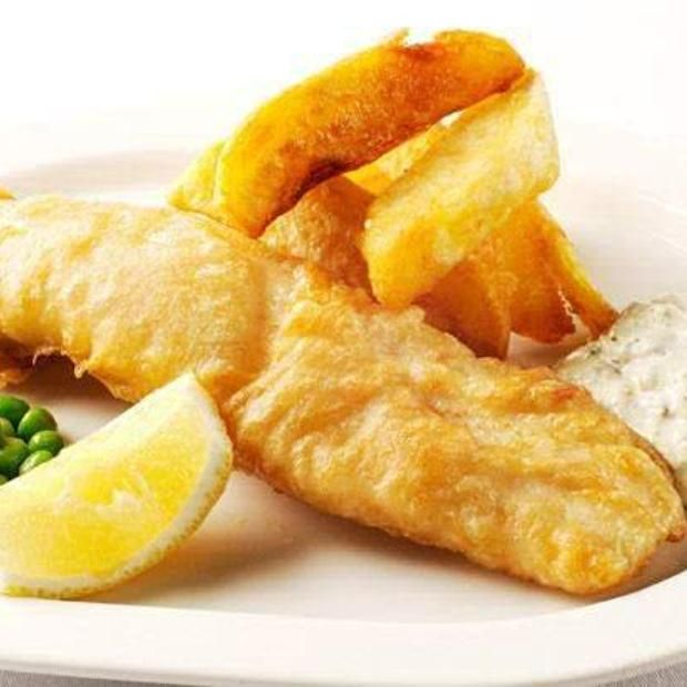 Fish And Chips With Tartare Sauce | Yum | Pinterest