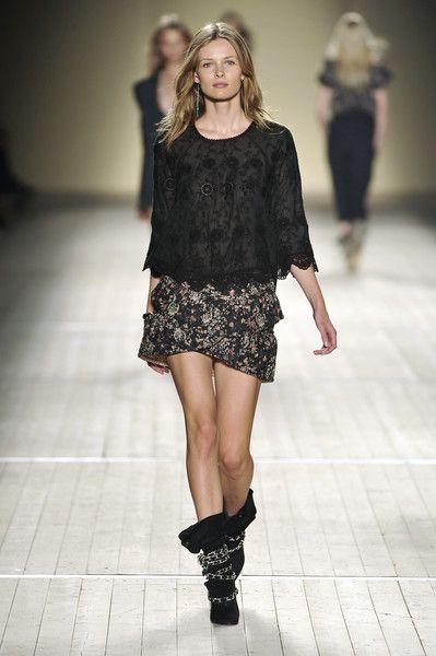Isabel Marant at Paris Fashion Week Spring 2009 - Runway Photos