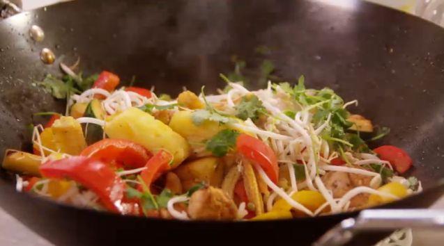 Gemarineerde kip met ananas