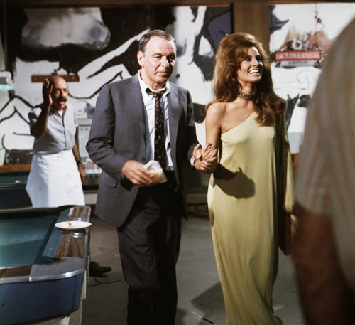 Frank Sinatra and Raquel Welch on the set of Lady in ...