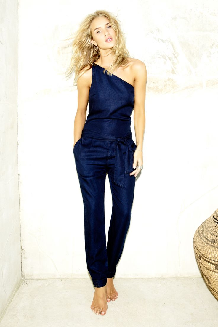 Rosie Huntington-Whiteley debuts her Paige collection