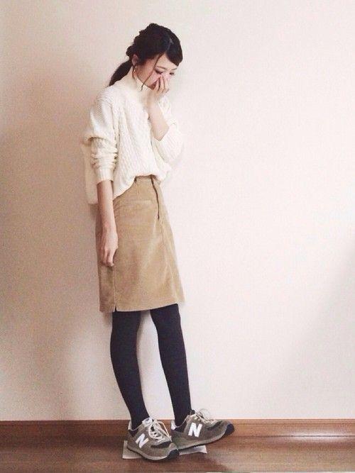 Kastaneのスカート「コーデュロイ台形SK」を使ったeのコーディネートです。WEARはモデル・俳優・ショップスタッフなどの着こなしをチェックできるファッションコーディネートサイトです。