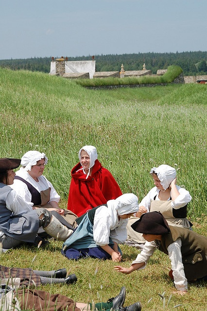 The players in character at Louisbourg.
