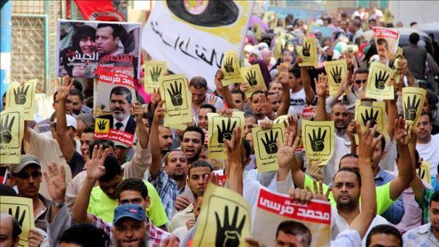 Berita Islam ! Ikhwanul Muslimin Mesir menyatakan akan tetap berjuang dengan jalan damai... Bantu Share ! http://ift.tt/2uUwf76 Ikhwanul Muslimin Mesir menyatakan akan tetap berjuang dengan jalan damai  Kelompok Ikhwanul Muslimin di Mesir telah bersumpah untuk tetap berpegang pada jalan perjuangan damai saat kelompok tersebut memperingati tahun keempat tragedi Rabaa di Kairo dimana ribuan orang terbunuh. Dalam sebuah pernyataan penasehat tinggi Ikhwanul Muslimin Mahmud Ezzat mengatakan bahwa…