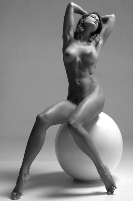 tantra fyn nude foto