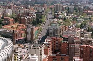 Los coches más contaminantes pagarán más por aparcar en Madrid a partir 2014