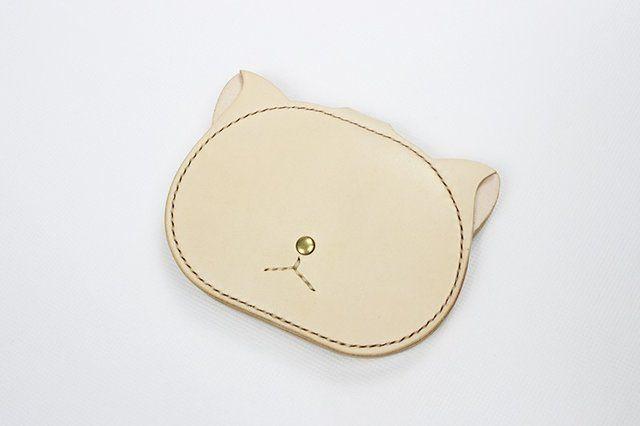 名入れ可能・本革手つくり手縫い シンプル 二つ折り財布