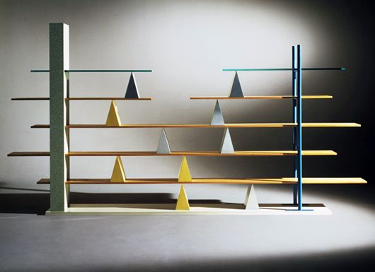 Gritti shelves by andrea branzi 1981 memphis design company pinterest design storage and - Letagere equilibre lib par unico italia ...