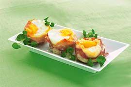 Lufttørret skinke, tomater og æg - så har du en dekorativ ret til brunchmenuen.