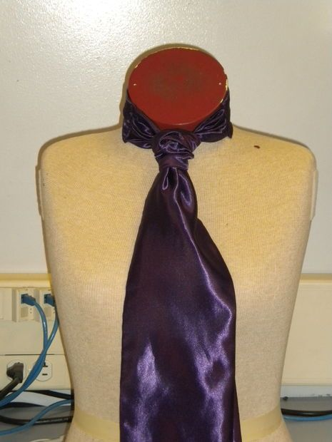 Picture of Making a cravat