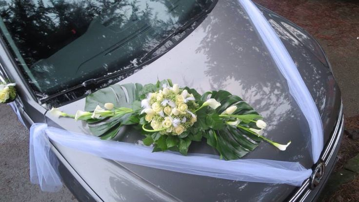 fleurs mariage montage capot de voiture avec callas. Black Bedroom Furniture Sets. Home Design Ideas