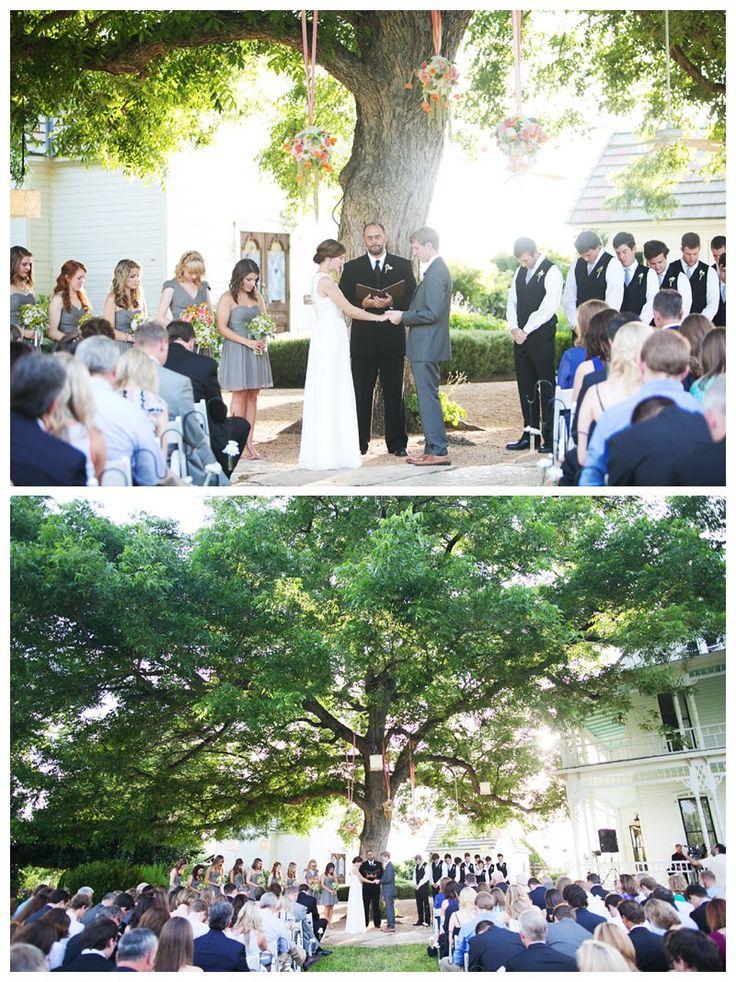 2013-06-27_jaime + jeff   barr mansion wedding   austin texas wedding photographer   outdoor wedding   orange and pink peonies   stems florist   to see more: www.eephotome.com