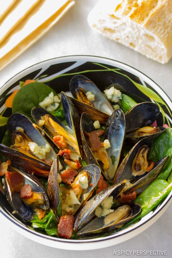 Mussels with Blue Cheese is so simple to make, you'll wonder why you never tried making mussels at home before.