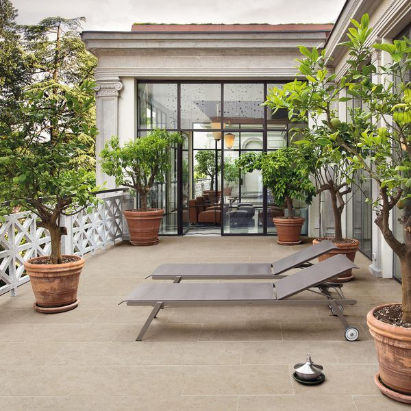 25 best ideas about dalle de terrasse on pinterest - Pierre decorative exterieure jardin ...