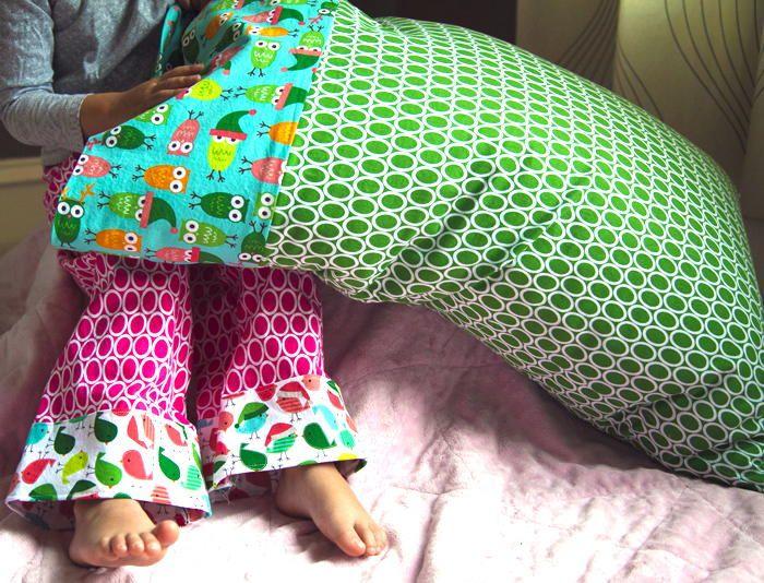 Best 25+ Diy pillow cases ideas on Pinterest | Sewing pillow cases Pillow cases and Pillowcase pattern & Best 25+ Diy pillow cases ideas on Pinterest | Sewing pillow cases ... pillowsntoast.com
