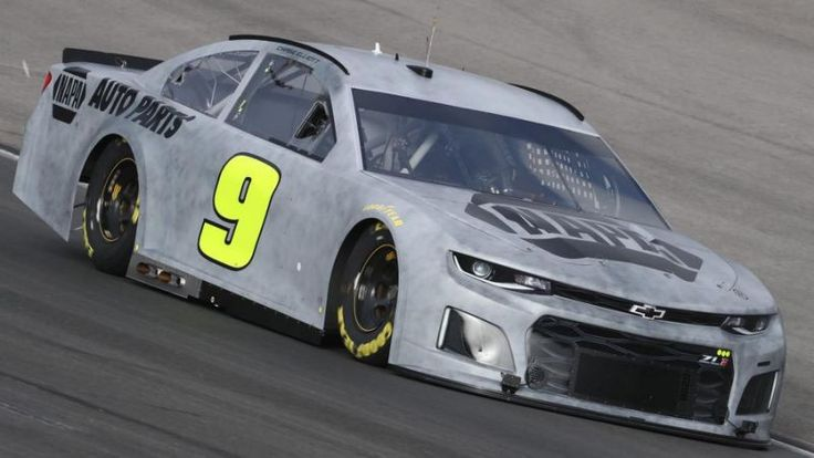 Chase Elliott comments after the first test of the brand new NASCAR Camaro https://racingnews.co/2018/01/10/chase-elliott-puts-the-2018-camaro-on-track-for-the-first-time/ #chaseelliott