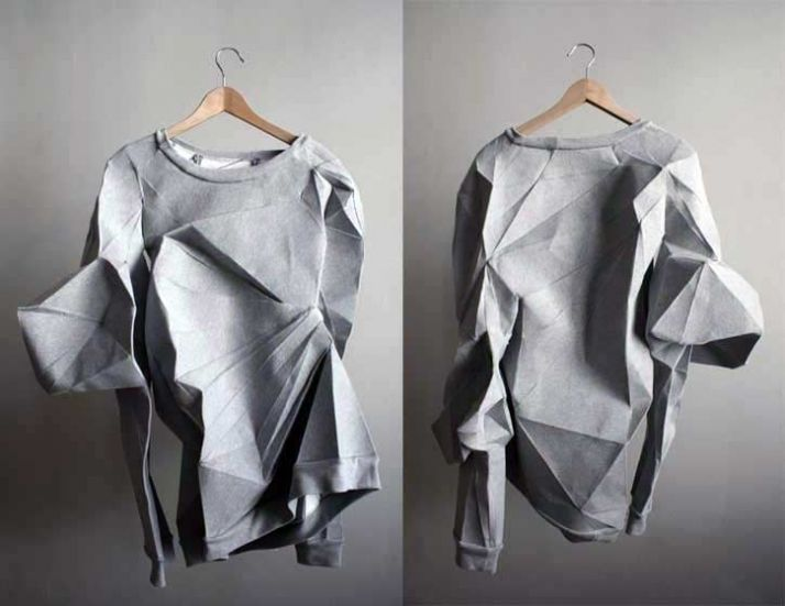 Berlin-based Mashallah Design & Linda Kostowski have created items of clothing by scanning human bodies and using the data to create sewing patterns. The human form is turned into 3D patterns of polygons, which are then turned into 2D files and used to laser cut fabric. The project was on show at Create Berlin during the London Design Festival earlier this month.
