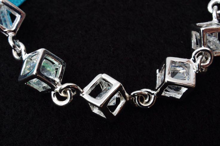 Crystal cube bracelet £6.99