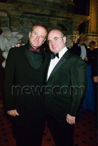 ROBIN WILLIAMS AND BOB HOSKINS, 1999, credit: RICHARD YOUNG/REX/Newscom