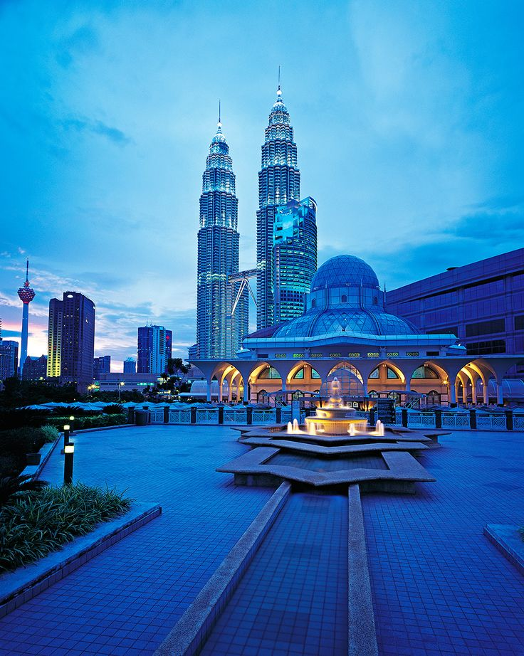 10 reasong to see  Malaysia's capital Kuala Lumpur which gathers modern with tradition…  www.skylife.com/en/