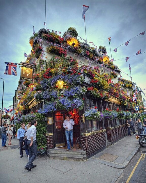 Look at this English pub! Appeals to the gardener in me.