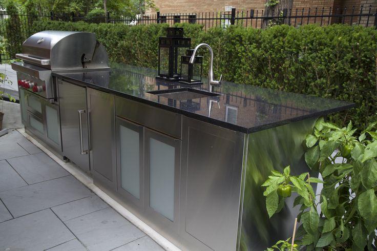 #outdoordining #outdoorkitchen #grill #summer #bbq #landscaping #landscapedesign #exteriordesign