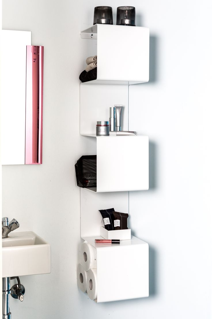 Minimalistic, functional and sculptural Showcase for the bathroom