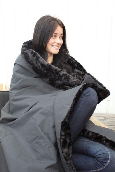 Monimo HOME Blanket Black/Black L 57,1 x 51,2 in (145 x 130 cm)