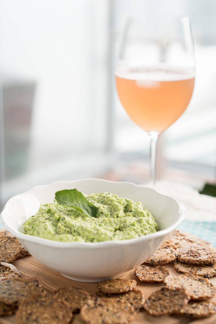This dip is sure to bring sunshine and a spring fresh feeling into your home from both the gorgeous colour and bright flavour! I went to the farmers market