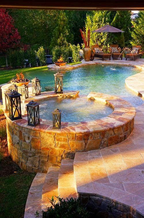 Beautiful Backyard Pool & Hot tub