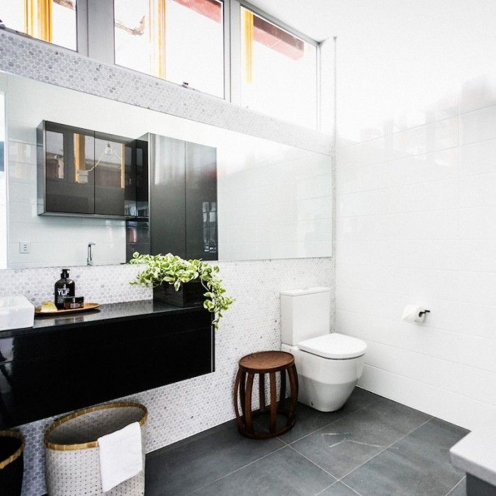 The Block Glasshouse: Revealing the laundry, stairs and powder room / Simon & Shannon