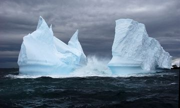 Swoop Antarctica | Fly-and-Cruise | Crossing the Antarctic Circle