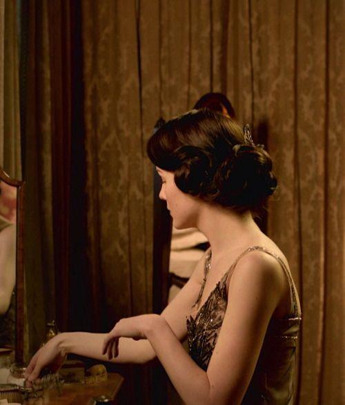 Michelle  Dockery as Lady Mary Crawley