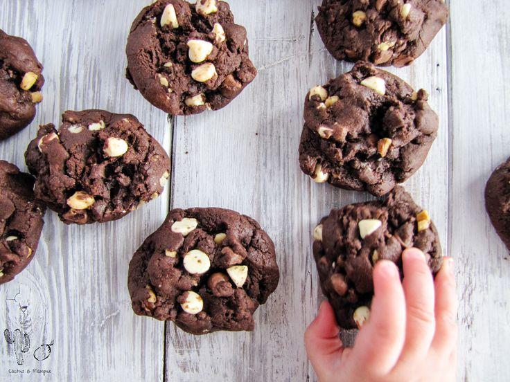 Biscuits triple chocolat et noix