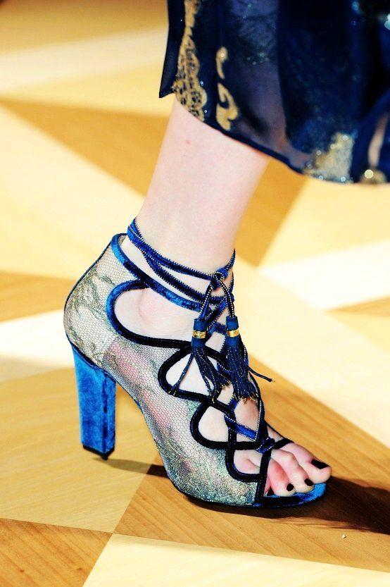 salvatore ferragamo shoes - close up fashion show