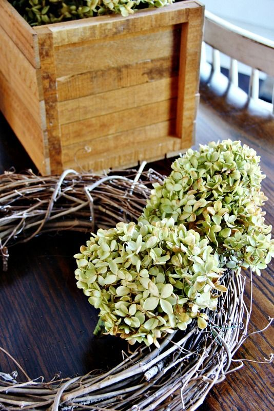 How To Make a Hydrangea Wreath: