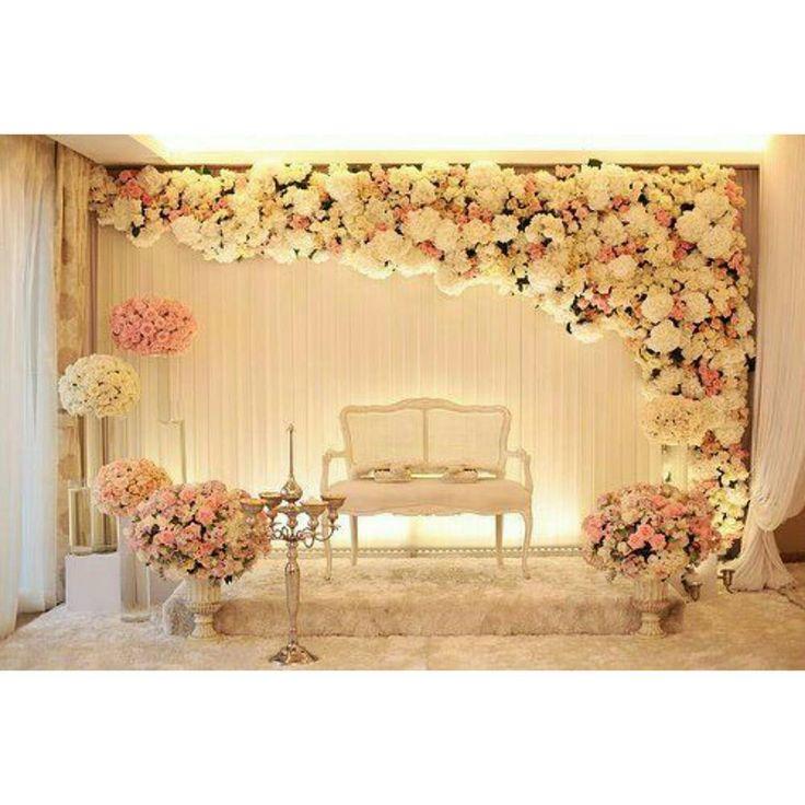 """""""Lounge de fotos para os convidados curtirem a ideia. #madreperoladecor…"""
