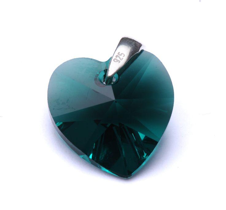 Pandantiv Swarovski Heart cu agățătoare din argint 925.  #bijuterii #swarovski #swarovskicrystals #argint #simoshop #pandantive