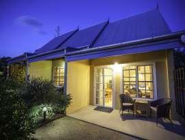 Award Winning Cottages, Restaurant & Homestead of Queensland, Southern Downs & Granite Belt